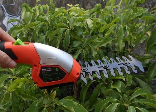 Ưu, nhược điểm của máy cắt tỉa cây cảnh chạy pin và chạy xăng